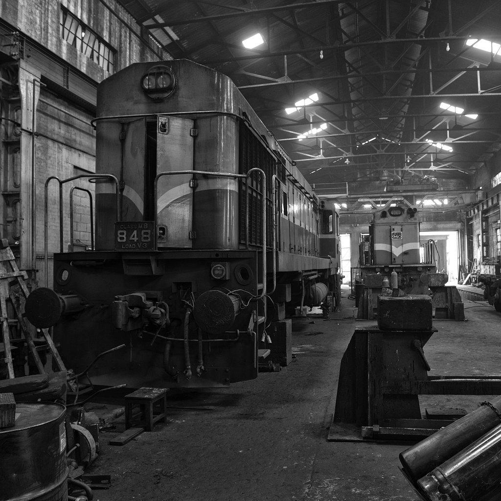 M20160623LKA_Railway3629bw