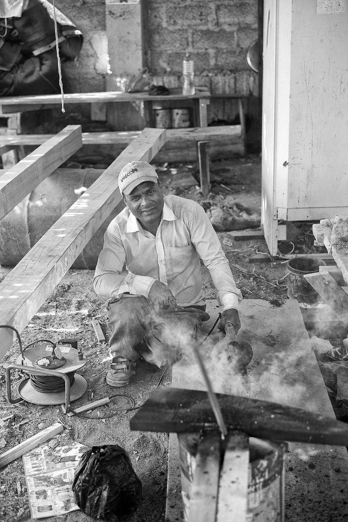 migration - worker in oman