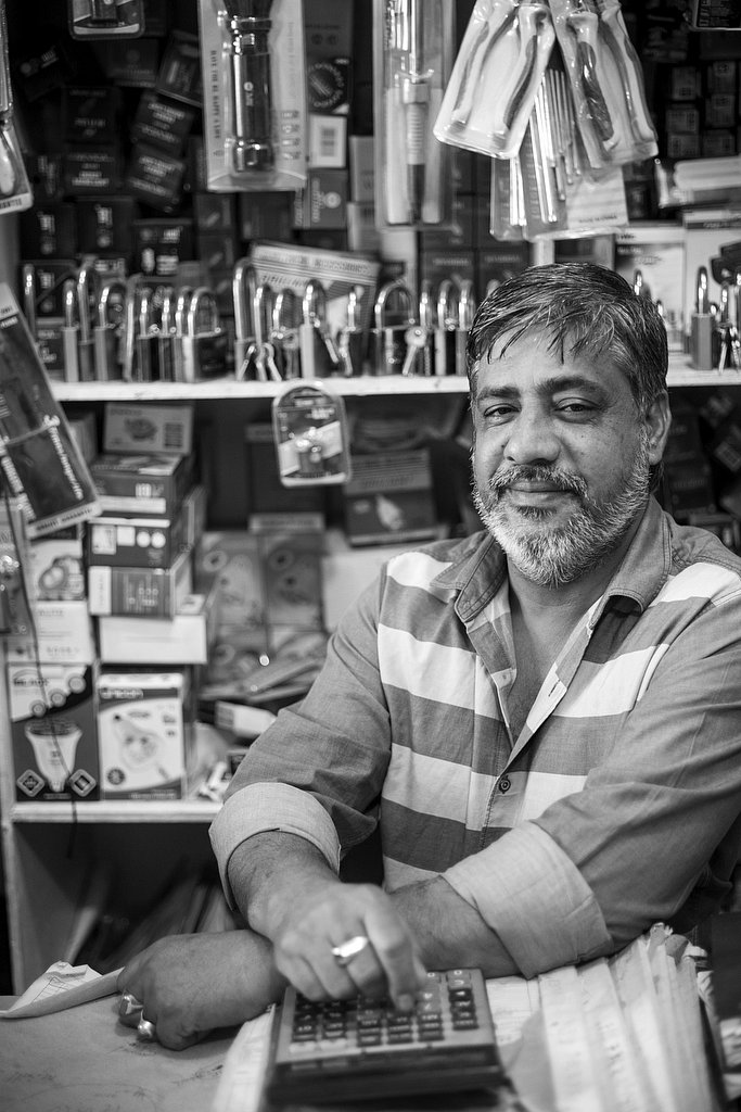 BW_M20170413OMN_Shopkeeper1002719