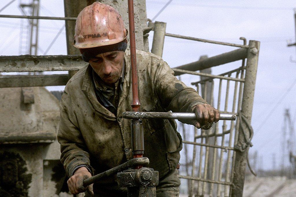 M98AZ0327-Worker32-2605